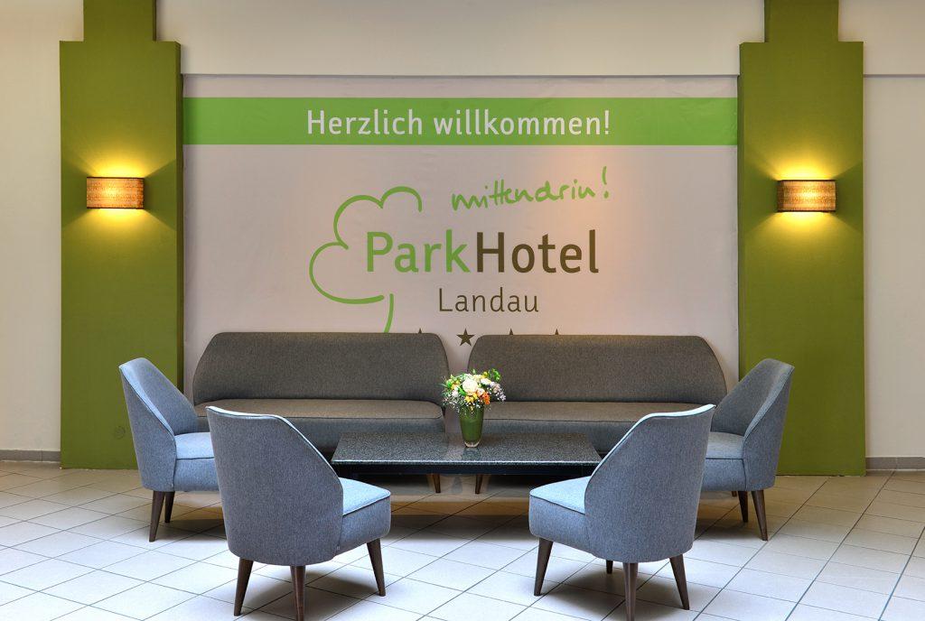 PH_Landau_0516_0225