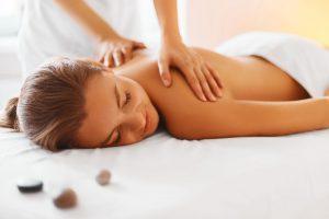 massage_parkhotel_landau_93604145_subscription_xxl