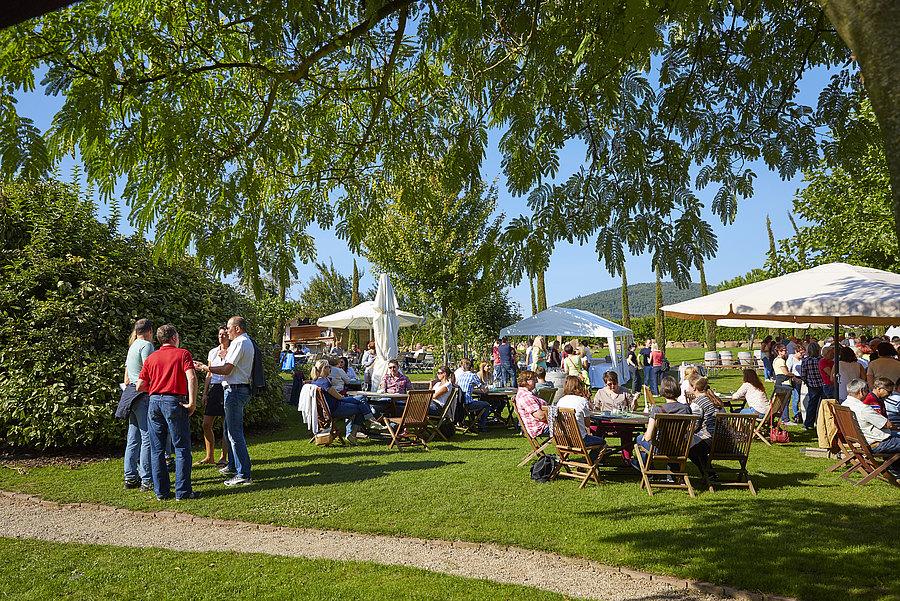 Catering handgemacht Weingut Dr. Steiner Siebeldingen Eventlocation Hochzeit Geburtstag Firmenfeier Jubiläum