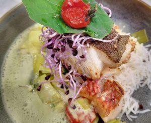 Fisch mit Langkornreis und Lauchgemüse
