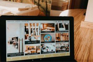 Digitale Gästemappe von Betterspace im Kofortzimmer des Parkhotel Landau